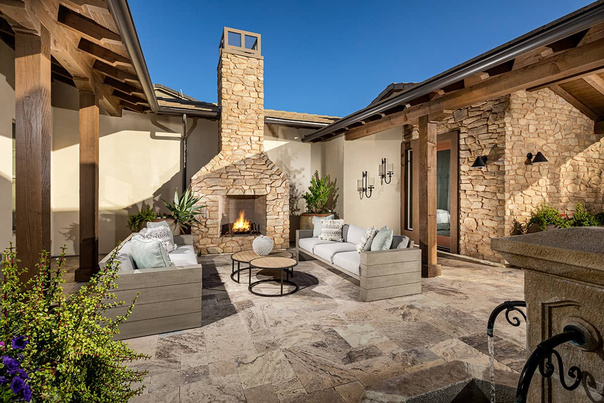 Trilogy Wickenburg Ranch Latigo Model Courtyard